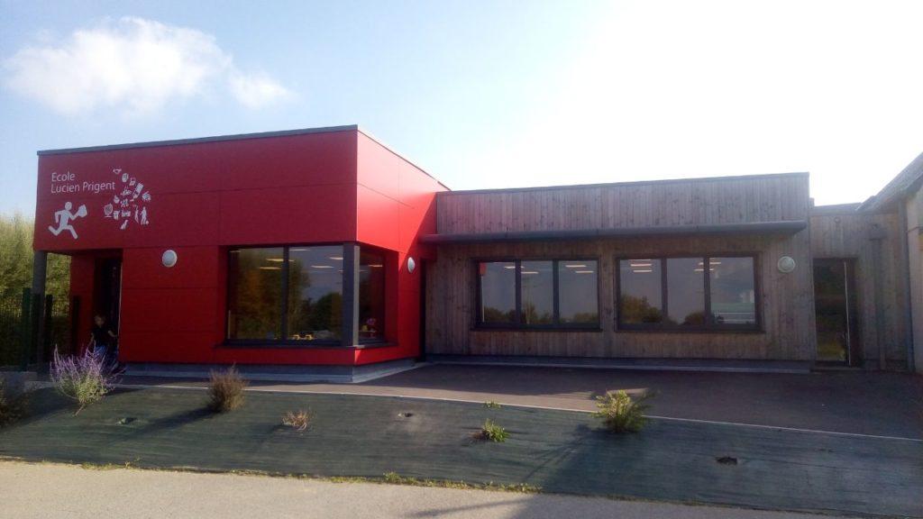 L'école de Plouégat-Moysan voit l'ouverture d'un demi poste supplémentaire. Cela porte à 4 le nombre de postes pour 83 élèves